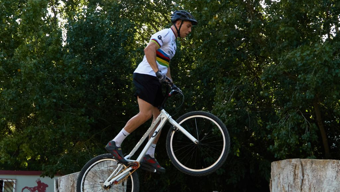 Sergi Llongueras és campió del món de trial (Laura Salas)