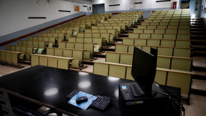 Clam unànime a les universitats catalanes per recuperar la presencialitat
