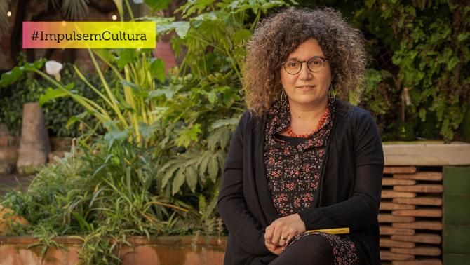 Tina Vallès: una biblioteca la va fer escriptora