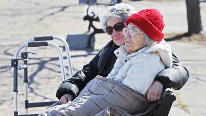 L'Alzheimer es podrà identificar amb una anàlisi de sang. Investigadors de la Fundació Pasqual Maragall identifiquen nous marcadors que permetr…