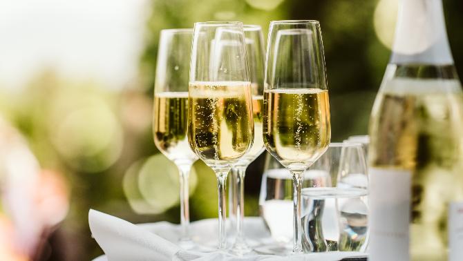 Cava i altres vins escumosos per quedar com uns reis aquestes festes