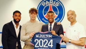 """Wijnaldum: """"Soc aficionat del Barça des de molt jove"""""""