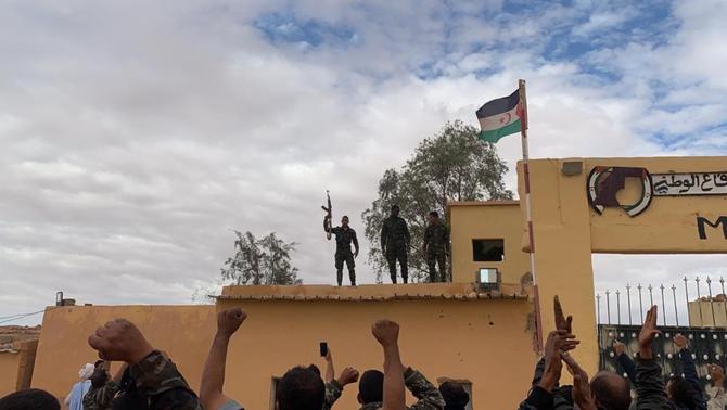 El Front Polisario dona per trencat l'alto el foc amb el Marroc i declara l'estat de guerra